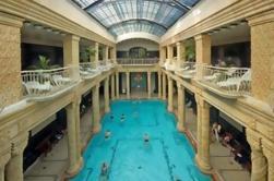 Eigen ingang naar Gellert Spa in Boedapest met optionele Massage