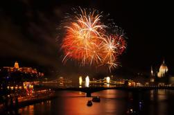 Crucero de Fuegos Artificiales de Budapest Incluye Bar Abierto y Cena Opcional