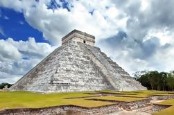 Chichén Itzá Tour de grupo pequeño con entrada privada