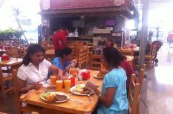 Día Completo Ciudad de Medellín, Fondas y Alimentación