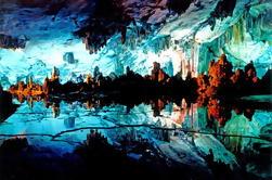 Excursión en autobús de Guilin: Montañas icónicas del karst, cueva de la caña de lámina, colina de Fubo, parque de siete estrellas y parque de la colina del elefante