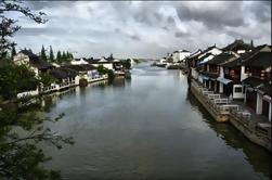 Excursión de un día desde Shanghai a Zhujiajiao Antigua aldea de agua de Tianzifang y ceremonia del té