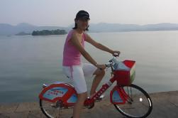 Tour de Bicicleta en Hangzhou: Viaje de un día para el Cielo en la Tierra desde Shanghai