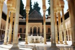 Visita guiada de la Alhambra en grupos pequeños