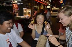 Sabores de Bangkok: Pequeño grupo Chinatown Evening Food Tour