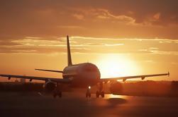 Transferencia Compartida: Aeropuerto de Santorini al Hotel, Puerto