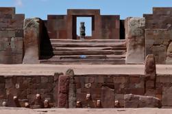 Tour Privado: Sitio Arqueológico de Tiwanaku desde La