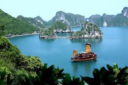 Bahía de Ha-Long de 2 días y Tour de la Isla de Tuan Chau desde Hanoi
