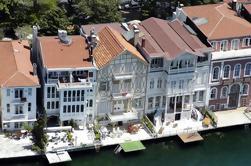 Por la mañana Estambul Bosphorus Cruise Tour con Spice Market