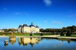 Tour de Vaux-le-Vicomte en coche de lujo más Champagne