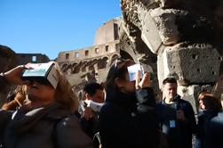 Viator Exclusive: Colosseum and Ancient Rome Small-Group Tour with Virtual Reality