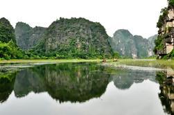 2 días de viaje privado a Cuc Phuong de Hanoi, incluyendo un viaje en barco a Trang An