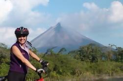 Tour en bicicleta de montaña de una sola pista en el Volcán Arenal
