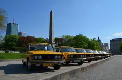 Traslado privado de la salida del aeropuerto de Varsovia por Retro Fiat