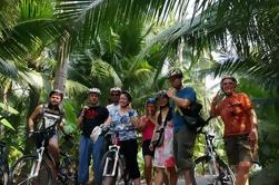Passeio de Bicicleta de Campo Incluindo Mercados Flutuantes e Passeio de Barco de Canal