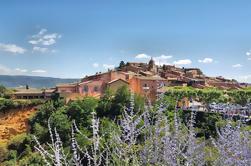 Tour Privado: Mercado Provenzal y Tour de senderismo en el Provencal Colorado desde Marsella