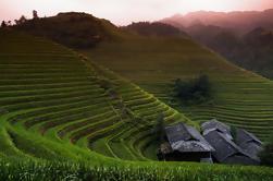 Tour de grupo pequeño de día completo Longji Rice Terraces and Mountain Village de Guilin