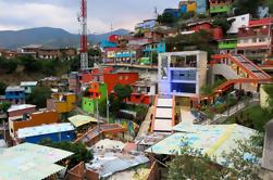 Tour privado: Medellín Graffiti Experience
