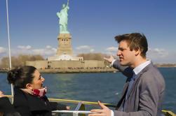Estatua de la Libertad y Ellis Island Tour Incluye Pedestal de Acceso, Lower Manhattan Sightseeing y un Observatorio Mundial
