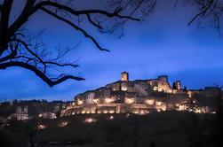 Anghiari por la noche: Fotografía a pie