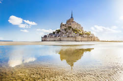 Pequeño grupo Excursión de un día al Mont Saint-Michel desde París, incluida la entrada de la abadía
