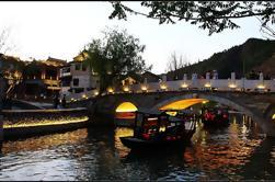 Visite privée en soirée à la Grande muraille de Simatai et à la ville d'eau de Gubeikou