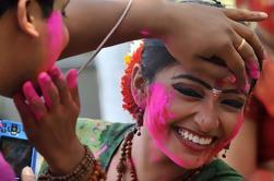 Tour de Yoga de 8 Días con Holi Celebration, Taj Mahal Under Full Moon