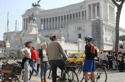 Tour privado de bicicleta eléctrica guiada por Roma