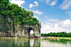 Tour de la ciudad de Guilin durante todo el día con Elephant Trunk Hill