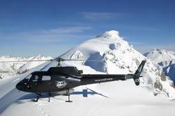 Excursión en helicóptero con aterrizaje de nieve alpina desde Queenstown