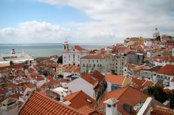 Excursão a pé em pequenos grupos em Lisboa