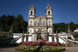 Excursão de dia inteiro no Minho com almoço do Porto