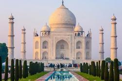 Tour de Triángulo Dorado de 5 días desde Delhi en coche privado