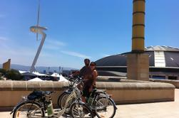 Tour privado en bicicleta eléctrica desde Montjuic