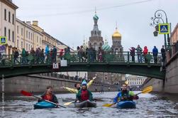 Visita Privada al Agua de Canoa en San Petersburgo