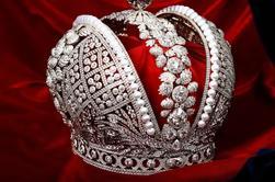 Tour Privado: Tesoros de Romanoff y Sala de Oro con un Curador en el Museo del Hermitage y los Pabellones Fabergé
