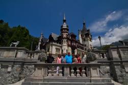 Excursión de un día en grupo pequeño al Castillo de Drácula, Brasov y Castillo de Peles de Bucarest