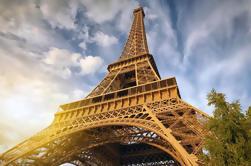 Exclusiva de Viator: acceso prioritario a la Torre Eiffel con tour de realidad virtual y billete Summit