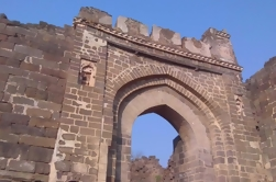 Private Tour: Ellora Caves, Daulatabad Fort, Bibi Ka Maqbara, Grishneshwar Jyotirling Temple and Panchakki from Aurangabad