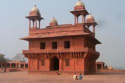 Tour Privado: Fatehpur Sikri y Abhaneri desde Agra a Jaipur
