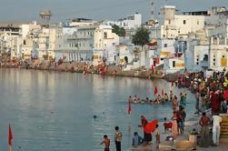 4 días de Jaipur, Ajmer Sharif y Pushkar Tour de Delhi en coche privado