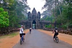 Tour en bicicleta de medio día desde Siem Reap a Angkor Wat