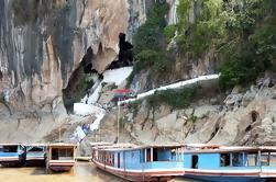 Cuevas de Pak Ou de día completo en barco desde Luang Prabang