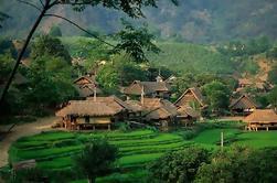Excursión de 2 días al Valle de Mai Chau desde Hanoi