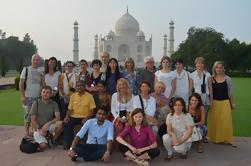 Excursión de un día a Taj Mahal desde Delhi en coche privado