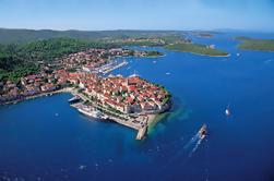 Korcula a través del mar: Excursión privada de Dubrovnik a la isla de Korcula con la lancha rápida o el yate