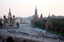Paseo privado a pie de la Plaza Roja de Moscú