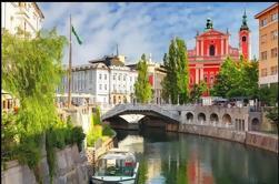 Excursión privada de un día: Encantadora cueva de Ljubljana y Postojna desde Zagreb
