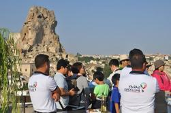 Excursión de 1 noche y 2 días de Cappadocia con alojamiento y paseo en globo aerostático