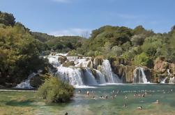 Cascadas de Krka y excursión de un día para grupos pequeños en Sibenik desde Split